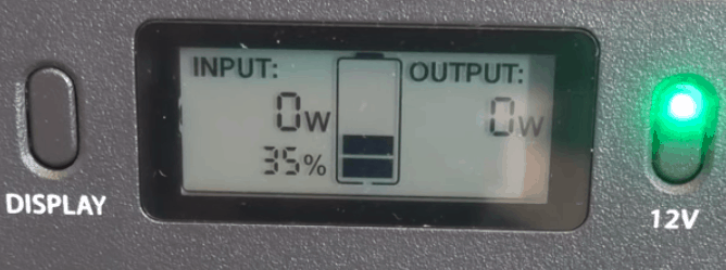 LCD display on the solar generator