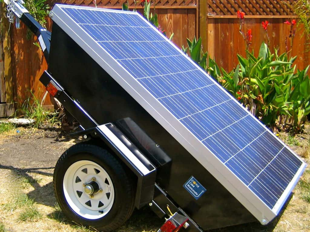 DIY solar panel and battery on roll cart
