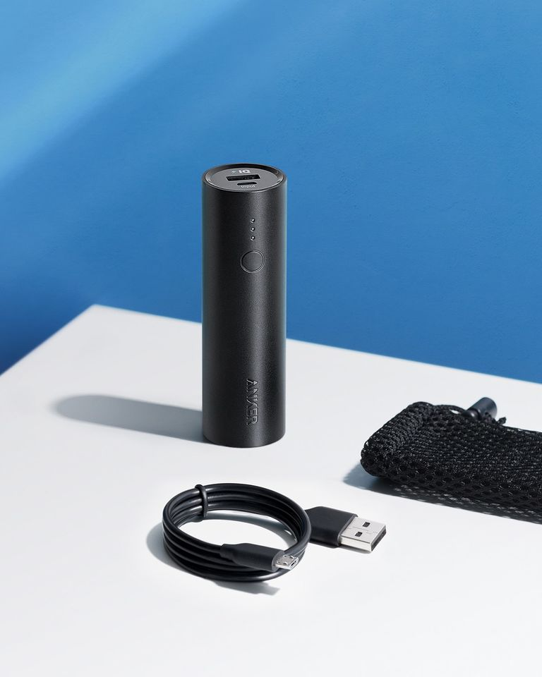 Anker PowerCore 5000 with connector
