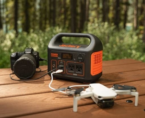 jackery 300 charging drone on bench